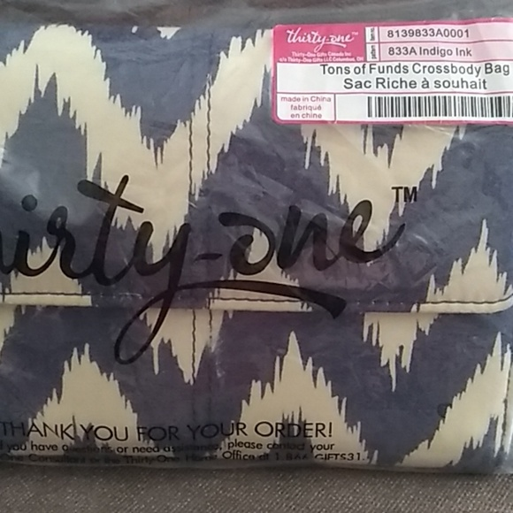Thirty-One Handbags - Tons of Funds Crossbody